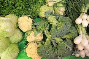Las verduras como brócoli, lechuga o espinacas son ricos en vitamina K.