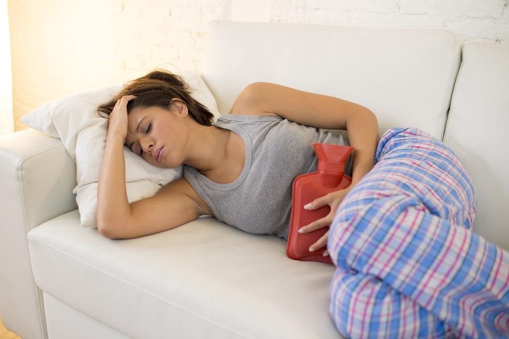 El ciclo menstrual es un proceso cíclico natural que experimenta la mujer durante su edad fértil.