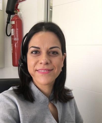 María ya puede ejercer como higienista gracias a la titulación oficial que ha obtenido en ILERNA Online