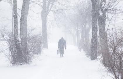 La hipotermia es el enfriamiento generalizado del cuerpo, con temperatura por debajo de los 35 ºC.