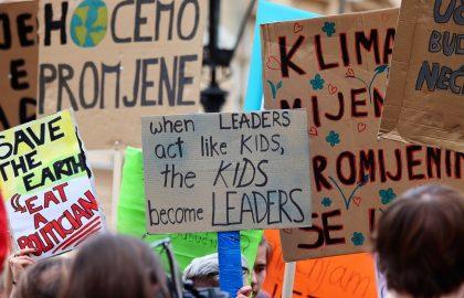Las manifestaciones son habituales en la fase de integración de los movimientos sociales.