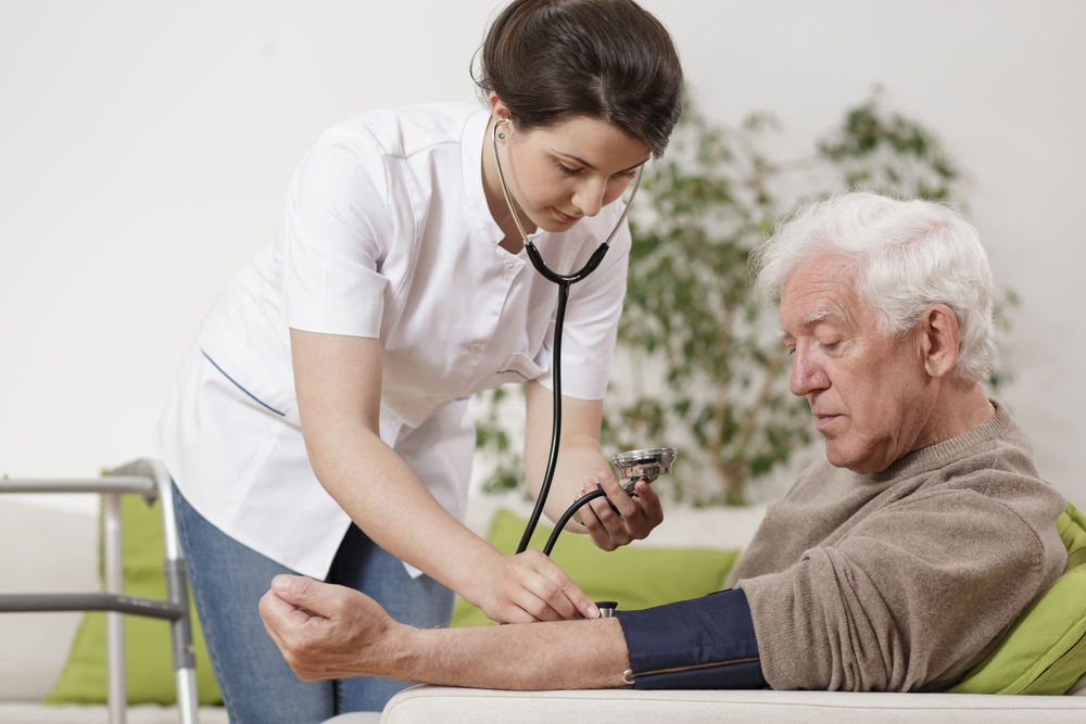 Introdúcete en el sector sanitario a través de la FP de Auxiliar de Enfermería